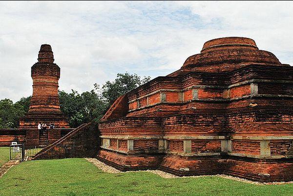 Muara_Takus_temple2