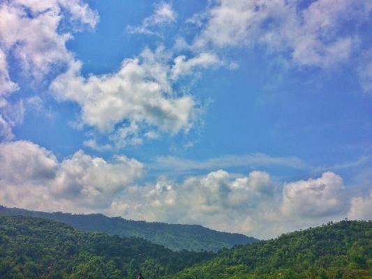 pesona-hijaunya-deretan-bukit-di-green-village-gedangsari-yogyakarta3